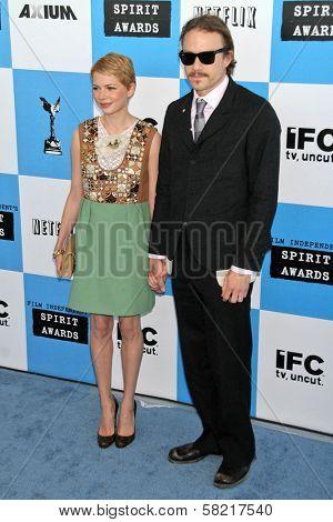 Michelle Williams and Heath Ledger at the 2007 Film Independent's Spirit Awards. Santa Monica Pier, Santa Monica, CA. 02-24-07