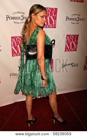 Blu Cantrell at the 2B Free Fall 2007 Collection Fashion Show. Boulevard 3, Hollywood, CA. 03-19-07