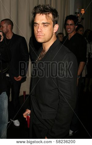 Robbie Williams inside at the 2B Free Fall 2007 Collection Fashion Show. Boulevard 3, Hollywood, CA. 03-19-07