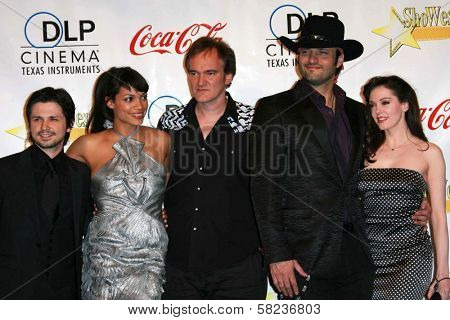 Freddy Rodriguez, Rosario Dawson, Quentin Tarantino, Robert Rodriguez and Rose McGowan at the ShoWest 2007 Awards Ceremony. Paris Hotel, Las Vegas, NV. 03-15-07