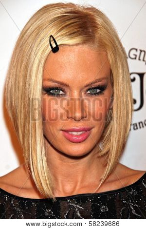Jenna Jameson at the 2B Free Fall 2007 Collection Fashion Show. Boulevard 3, Hollywood, CA. 03-19-07