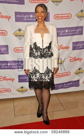 Patti Austin at Starlight Starbright Children's Foundation's