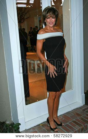 Lisa Rinna at the Oscar De La Renta Boutique Opening Benefiting EIF Women's Cancer Research Fund. Saks Fifth Avenue, Beverly Hills, CA. 04-18-07