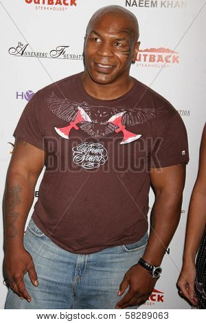 Mike Tyson at the DESIGNCARE 2007 Fundraiser to benefit those battling debilitating disease and life circumstances. Private Residence, Malibu, CA. 07-21-07