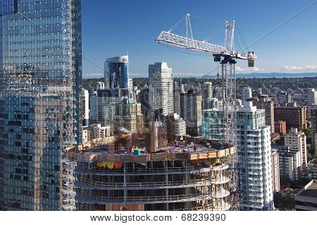 New Consnruction in Downtown Vancouver