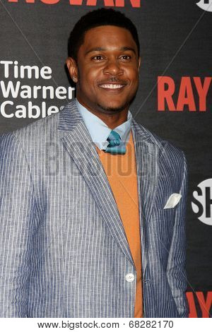 LOS ANGELES - JUL 9:  Pooch Hall at the