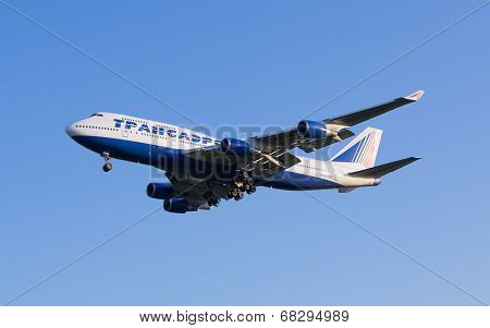The Boeing-747 plane of Transaero airline comes in the land at the Sheremetyevo airport