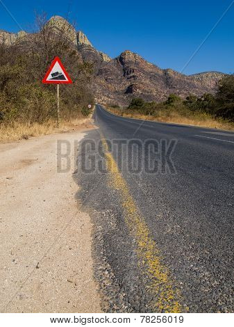 Panoramic road in the Drakensberg Mountains, South Africa