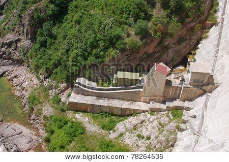 Baells dam in  Bergueda ,  Catalonia, Spain
