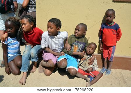 children living in Mondesa slum