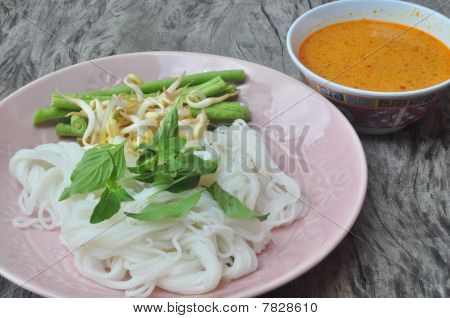thai tradition noodles