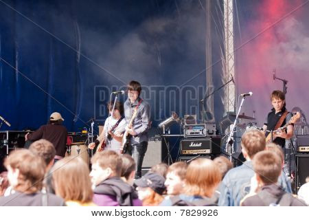 """Rock Band """"reykjavik"""" Appeares In The Open Air"""