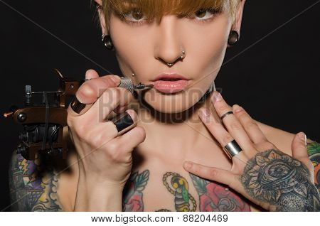 Charming Blonde With Tattoo Machine And For Them