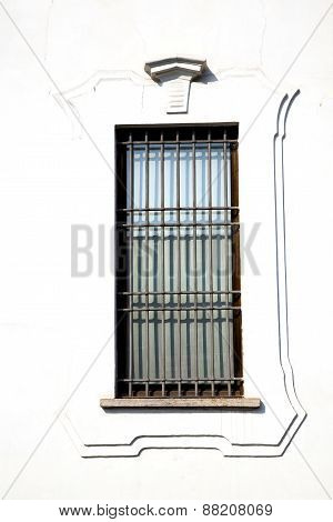 Shutter Europe  Italy  Lombardy      In  The Milano Old   Window Grate