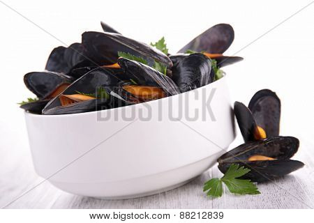 bowl with mussel