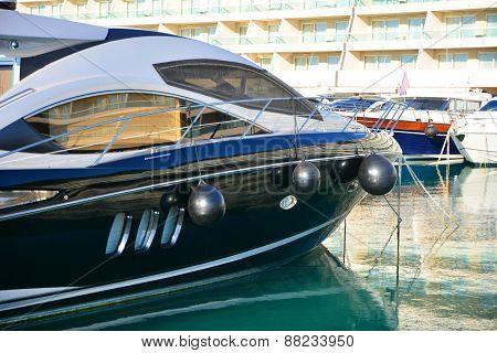 Black Yacht