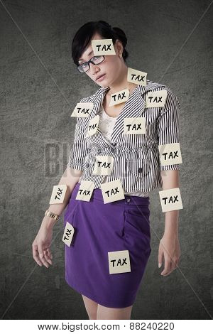Female Worker Attached Tax Reminders