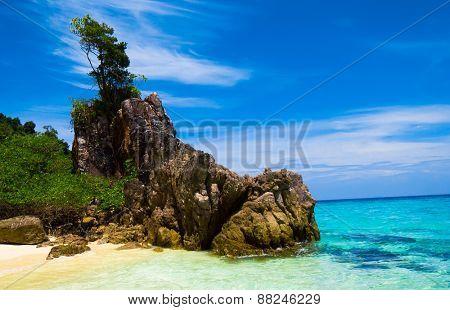 Big Stones Sunny Shore