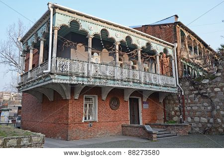 Tbilisi,GE-Feb,26 2015:Mansion with traditional balconies on the Baratashvili street in Tbilisi