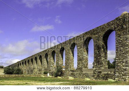 Agua De Prata Aqueduct (aqueduct Of Silver Water) In Evora, Portugal