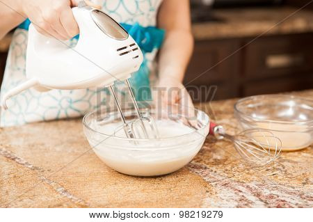 Using A Mixer In The Kitchen