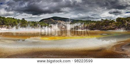 Artist's Palette Pool in Waiotapu Thermal Reserve, Rotorua, New Zealand