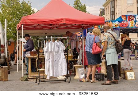 Flea market in Chartres