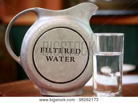 Jug with filtered water