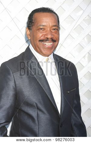 LOS ANGELES - AUG 8:  Obba Babatunde at the 17th Annual HollyRod Designcare Gala at the The Lot on August 8, 2015 in West Hollywood, CA