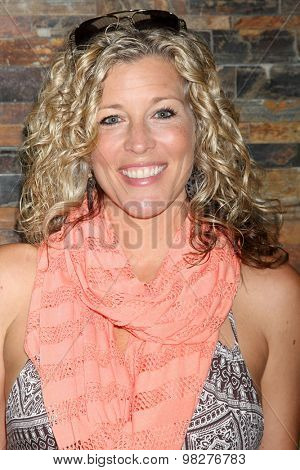 LOS ANGELES - AUG 8:  Laura Wright at the General Hospital Fan Club Luncheon Arrivals at the Embassy Suites Hotel on August 8, 2015 in Glendale, CA
