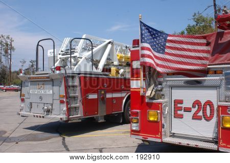 Fire Engine Rear - With Flag
