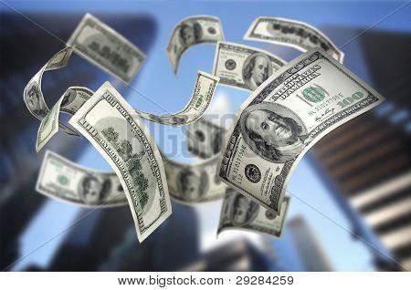 Caída de las cuentas de dinero $100