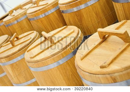 Wood barrel roll for cereal