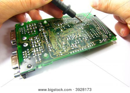 Electronic Repair With Hands