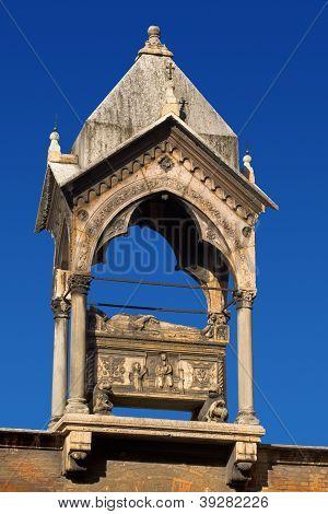 Tomb Of Guglielmo Da Castelbarco 1319-20 - Verona