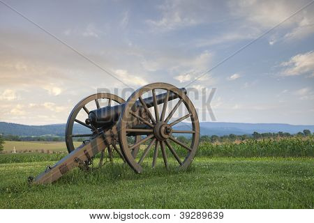 Cannon At Antietam (sharpsburg) Battlefield In Maryland