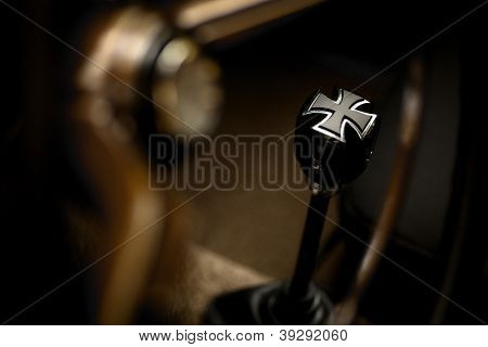 Iron Cross Gear Shifter