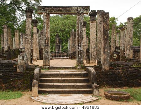 Ruins Of Ancient Polonnaruwa