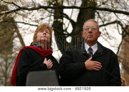 Tennessee 2009 Tea Party Couple Doing The Pledge Of Allegiance