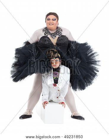 Dos travestis realizar juntos
