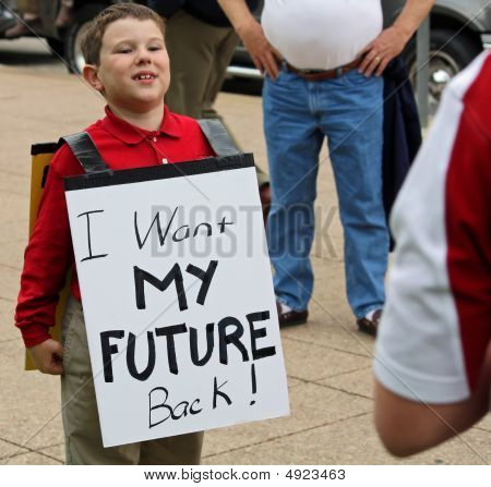 Dallas Tea Party Kid W Sign