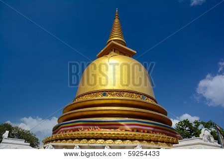Dambulla Buddhist Golden Temple