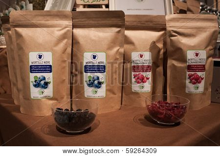 Dry Blueberries And Cranberries For Infusion At Olis Festival In Milan, Italy
