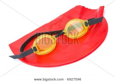 Bathing cap with goggles