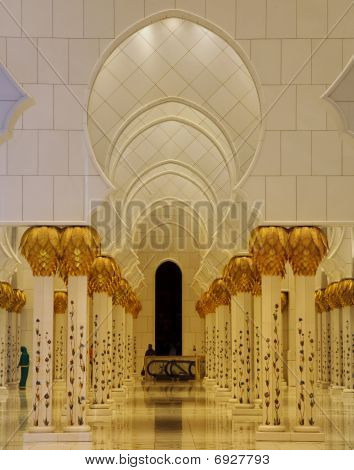 Interior Of Grand Mosque Abu Dhabi