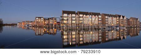 Marina Apartments and Houses