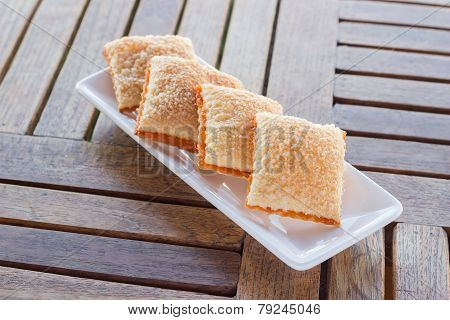 Crackers Butter Sugar Four Piece On Saucer