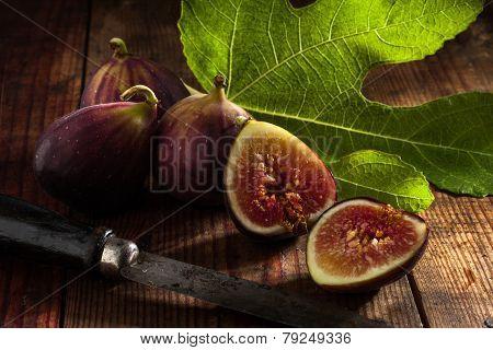 figs on wood
