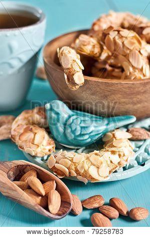 Crescent Almond Cookies