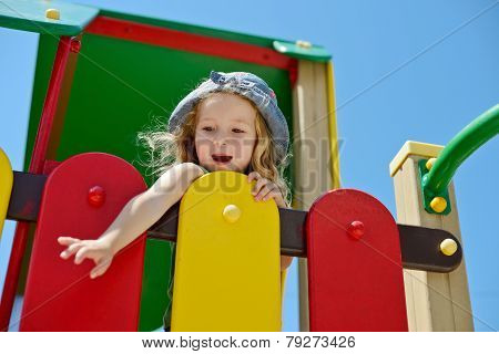Funny Girl In Summer